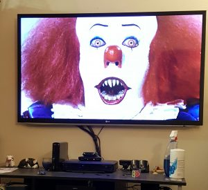 pennywise-in-my-living-room